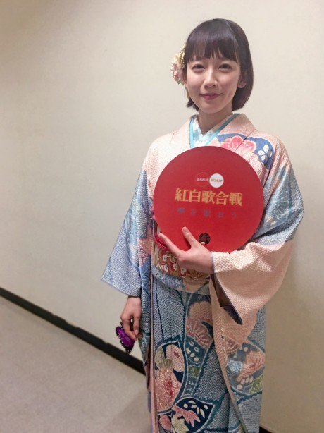 NHK紅白歌合戦2018吉岡里帆着物